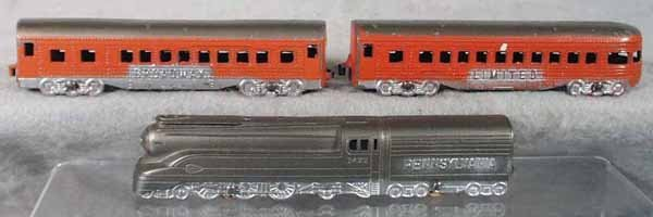 3: TOOTSIETOY 188 BROADWAY LTD TRAIN SET