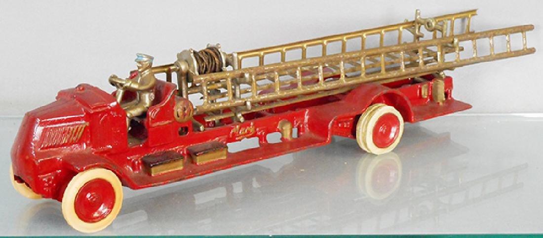 ARCADE MACK FIRE LADDER TRUCK