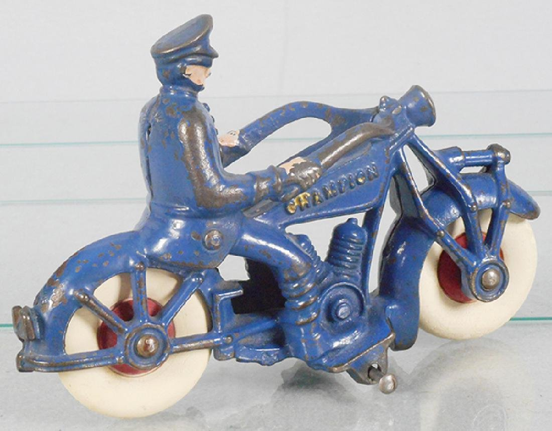 CHAMPION POLICE MOTORCYCLE - 2