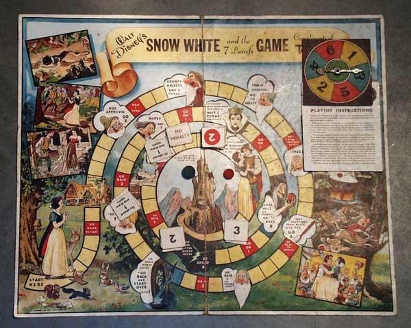 015: DISNEY SNOW WHITE PROMO BOARD GAME