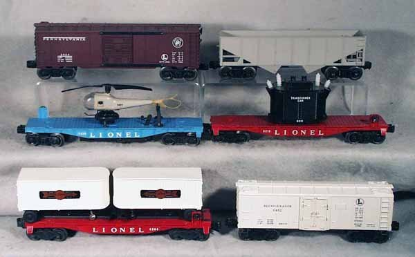 024A: 6 LIONEL FREIGHT CARS
