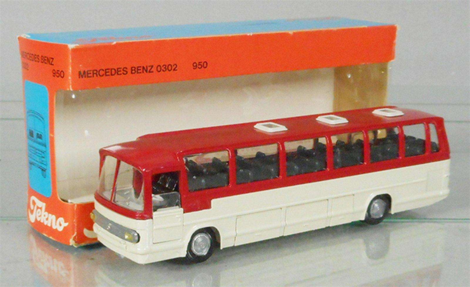 TEKNO 950 MERCEDES BENZ 0302 BUS