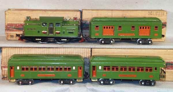 024: LIONEL 342 TRAIN SET