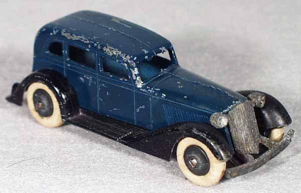 005A: TOOTSIETOY GRAHAM SEDAN