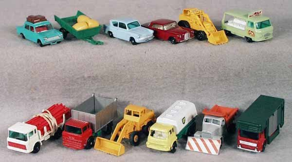 024A: 12 MATCHBOX VEHICLES