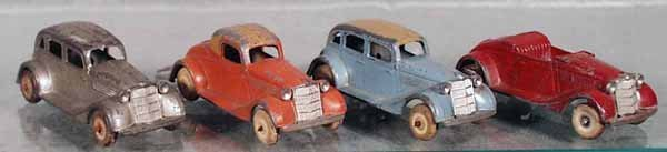 6: 4 TOOTSIETOY 1935 FORDS