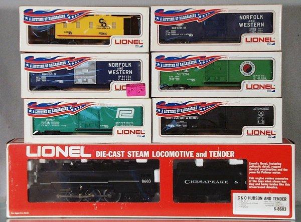 003A: LIONEL TRAIN SET
