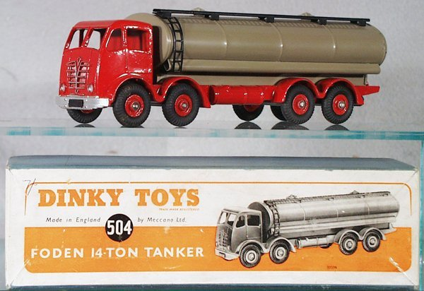011A: DINKY 504 FODEN TANKER