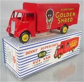 DINKY 919 GUY GOLDEN SHRED VAN
