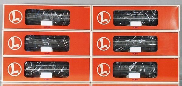 12: 6 LIONEL NYC PASSENGER CARS