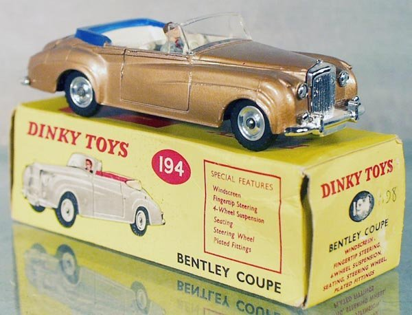 10: DINKY 194 BENTLEY COUPE