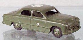 11: DINKY 675 ARMY STAFF CAR