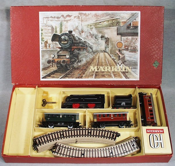 012: MARKLIN S872 TRAIN SET