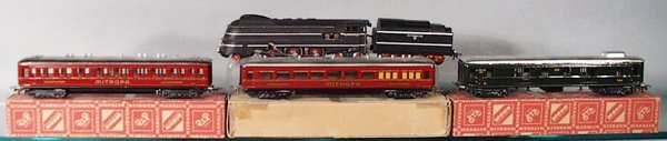 013: MARKLIN TRAIN SET