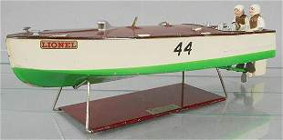 LIONEL 44 RACING BOAT