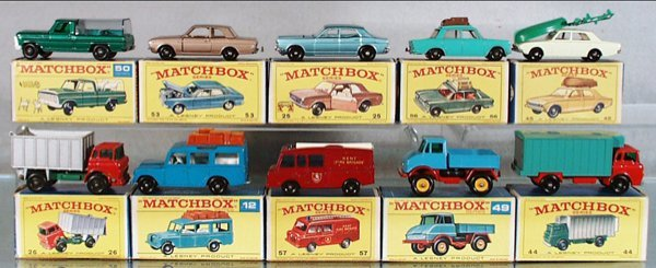 24: 10 MATCHBOX VEHICLES