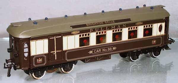 19: HORNBY BRIGHTON BELLE TRAIN SET