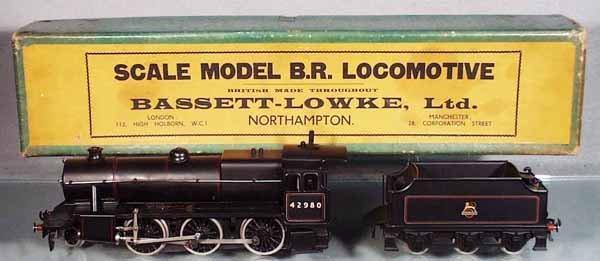 22: BASSETT-LOWKE 6661/0 LMR LOCO & TENDER