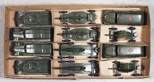21: TOOTSIETOY 1250 ARMY ASSORTMENT