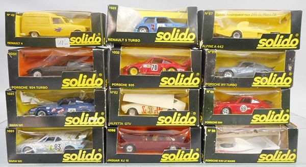 12 SOLIDO VEHICLES