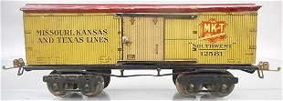 IVES 125 MKT BOX CAR, O ga, litho tin, ca 1922, C7.