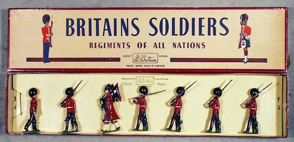 16: BRITAINS 75 THE SCOTS GUARDS