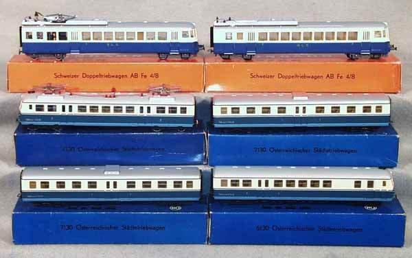 1011: 2 KLEINBAHN TRAIN SETS