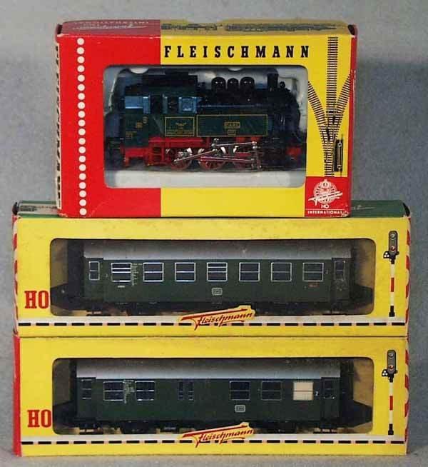 1016: FLEISCHMANN GERMAN TRAIN SET