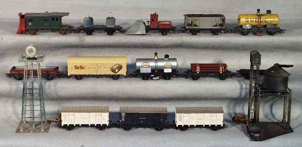 1051: POCHER TRAIN LOT