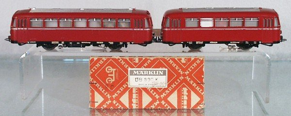 18: MARKLIN DB800K RAILBUS