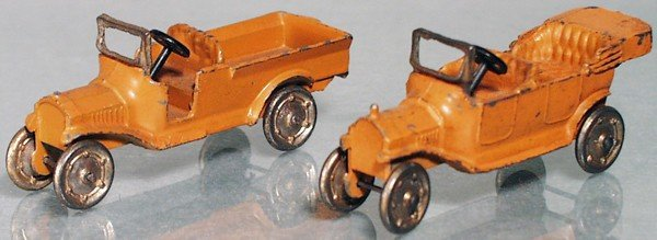 14: 2 TOOTSIETOY MODEL T FORDS