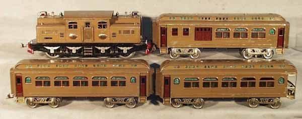 006: LIONEL TRAIN SET
