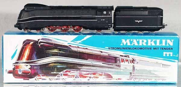 6: MARKLIN 3094 STREAMLINE LOCO & TENDER