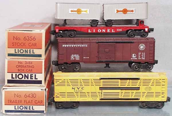 14: 3 LIONEL FREIGHT CARS