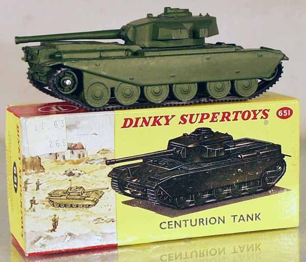 15: DINKY 651 CENTURION TANK
