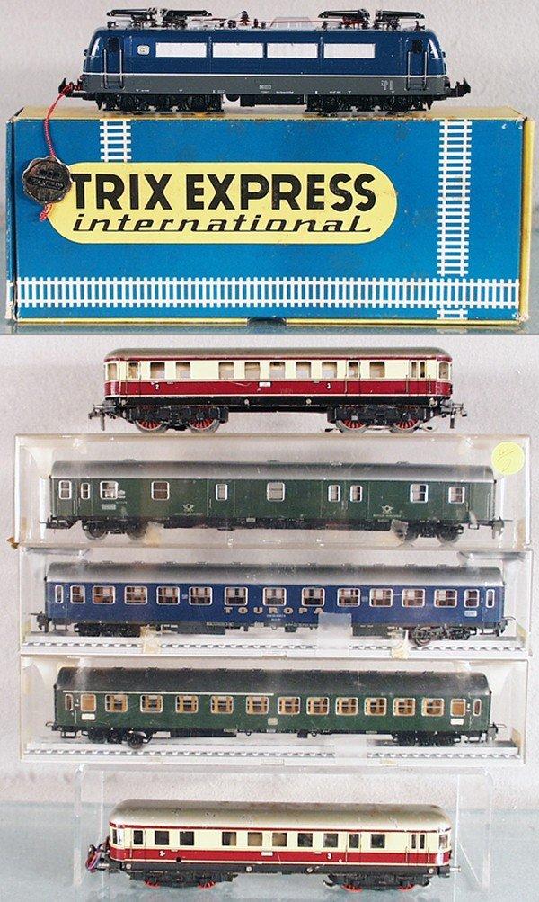 7: TRIX TRAIN LOT