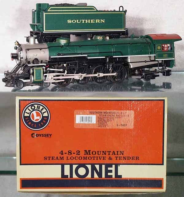 18: LIONEL 28057 SOUTHERN MOUNTAIN LOCO & TENDER