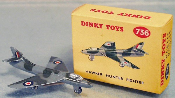 12: DINKY 736 HAWKER HUNTER FIGHTER
