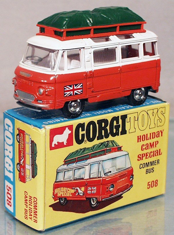 19: CORGI 508 HOLIDAY CAMP COMMER BUS