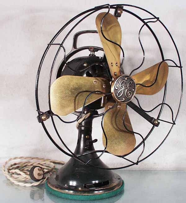 150: GE BRASS BLADE FAN