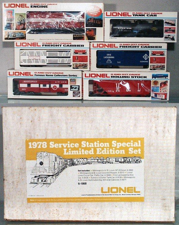 9: LIONEL 1868 SERVICE STATION SET