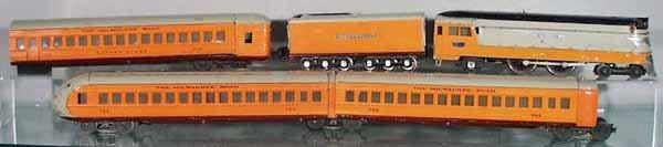102: LIONEL HIAWATHA TRAIN SET