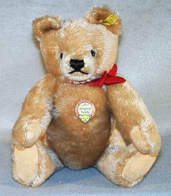 035: STEIFF 0201/36 ORIGINAL TEDDY BEAR