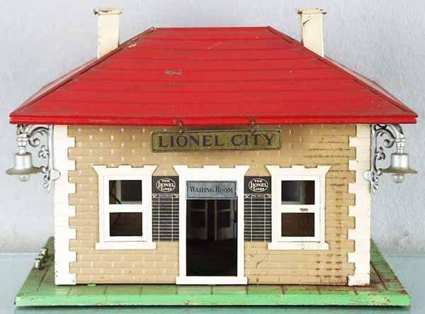 8: LIONEL 134 STATION