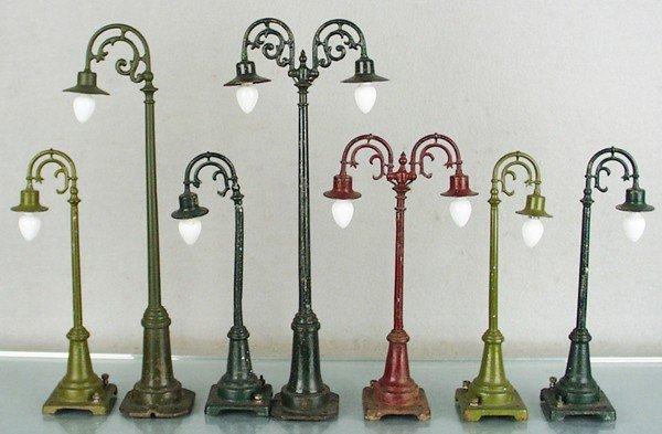 9: 7 LIONEL LAMP POSTS