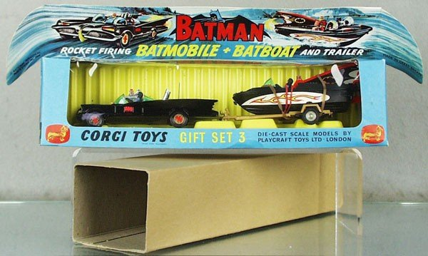 163: CORGI GS3 BATMOBILE & BATBOAT