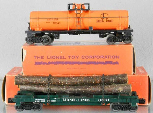 73: 2 LIONEL FREIGHT CARS