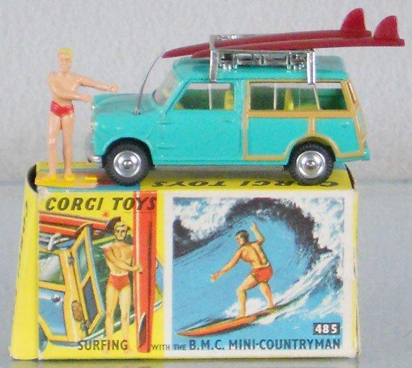 48: CORGI 485 BMC MINI COUNTRYMAN W/SURFER