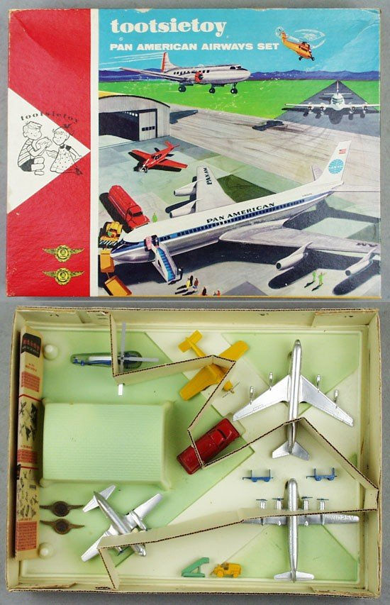 73: TOOTSIETOY 4310 PAN AMERICAN AIRWAYS SET