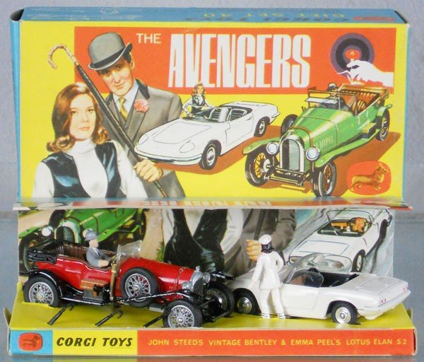 95: CORGI GS40 THE AVENGERS